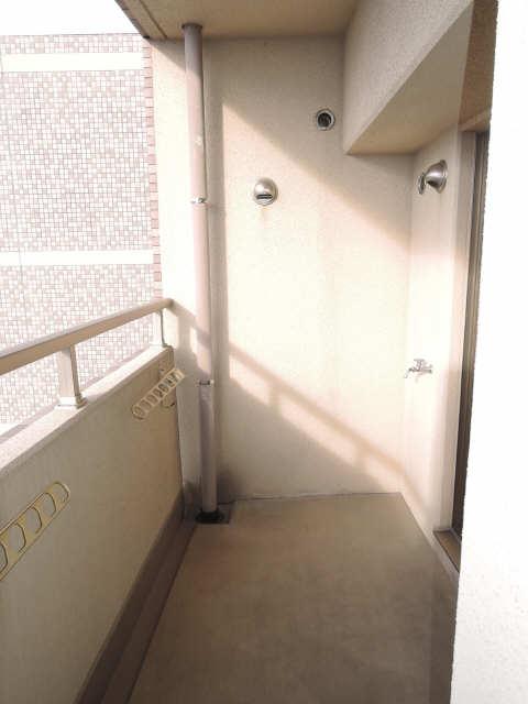 ファイーブ土穴 4階 バルコニー