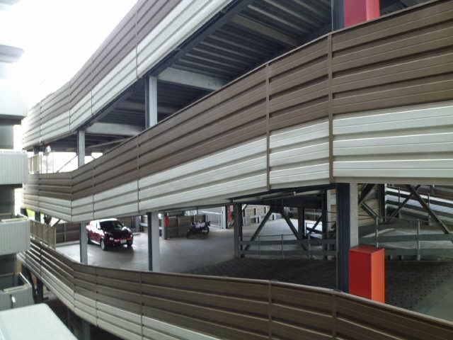 ブラエルメゾン青山1号棟 1階 駐車場