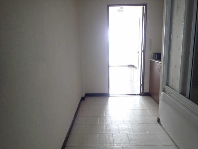 My Room 旭 1階 廊下