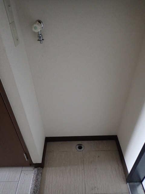 My Room 旭 1階 洗濯機置場