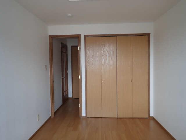 カーサアイリス D棟 2階 室内