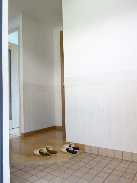 エレンシアール 1階 玄関
