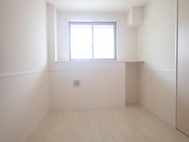 GNO.1三美一愛 1階 室内
