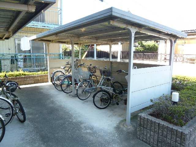 花水木 3階 駐輪場