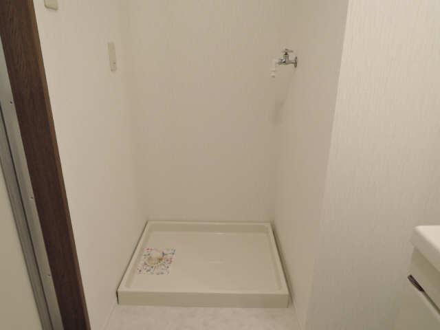花水木 3階 洗濯機置場