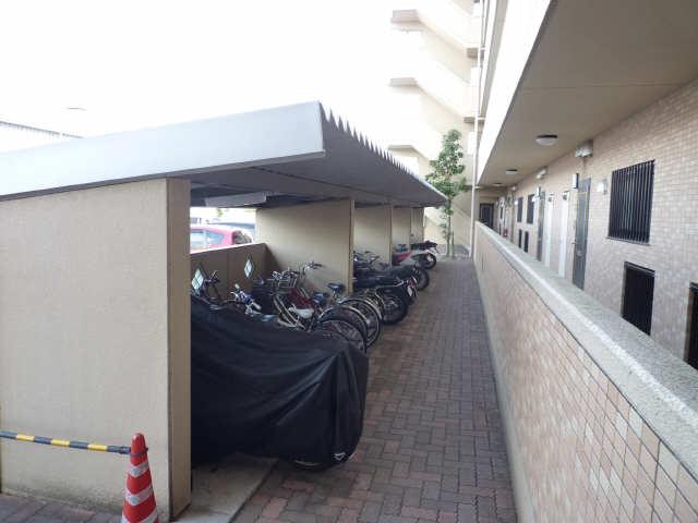 Parterre 4階 駐輪場