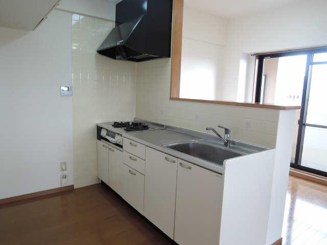 Parterre 4階 キッチン