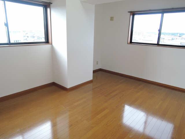 Parterre 4階 洋室