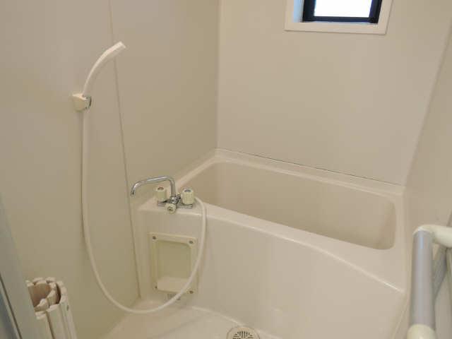 グリーンパーク西条台 1階 浴室