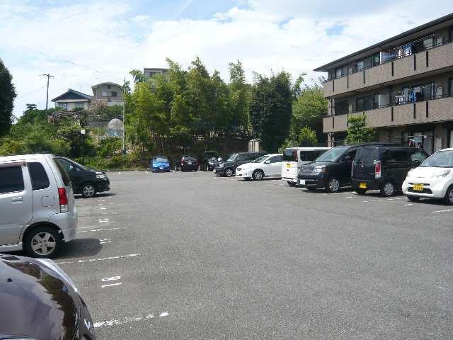 グランシャリオ 3階 駐車場