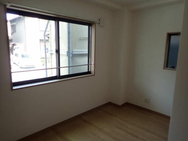 DearCourt H・YⅡ 1階 洋室