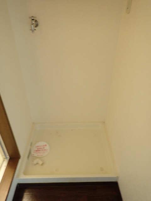 ラフィーネ21 2階 洗濯機置場