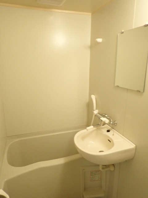 ラフィーネ21 2階 浴室