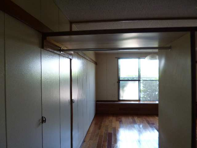 広栄荘7棟 2階 収納