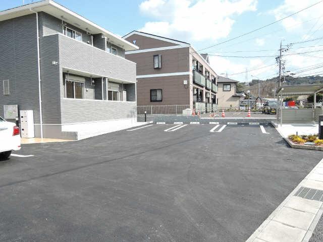 サンパティーク蓑川 駐車場