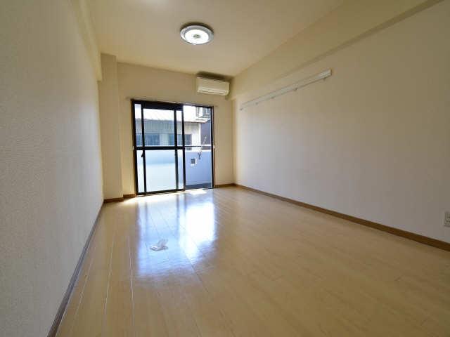 アメニティ堀越 3階 洋室