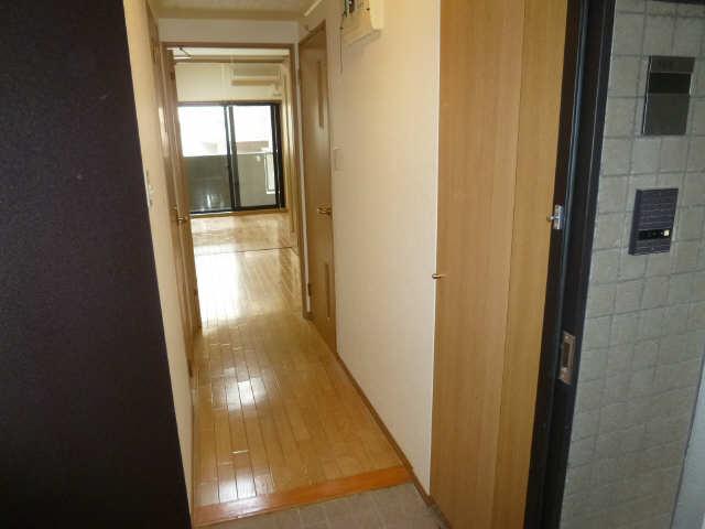ハルモニア 6階 玄関