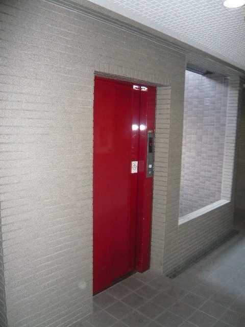 ベル名駅 8階 エレベーター
