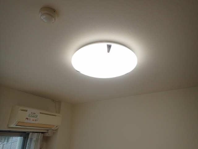 CREA花の木 2階 照明器具