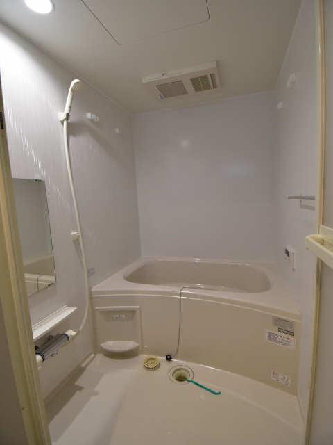 Levante 1階 浴室