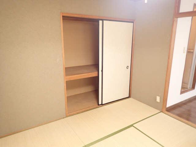 コーポあさひ弐番館 2階 収納