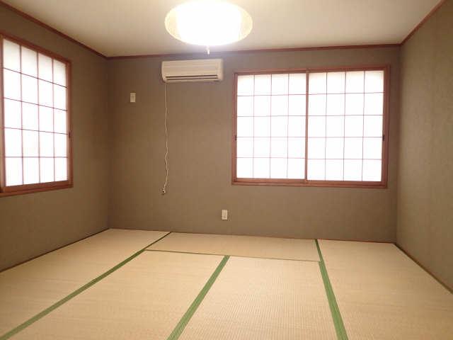 コーポあさひ弐番館 2階 和室