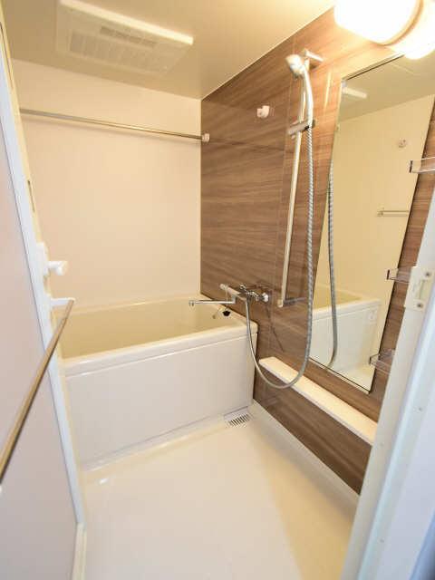 ブランボヌール浄心 1階 浴室