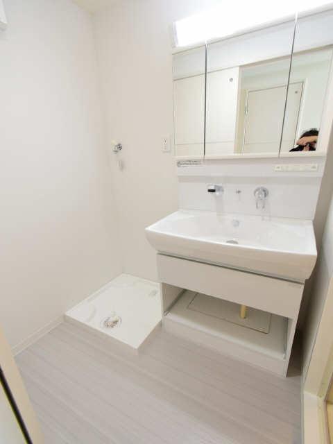 ブランボヌール浄心 2階 洗濯機置場