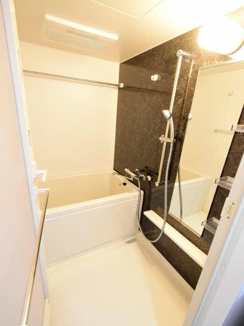 ブランボヌール浄心 2階 浴室