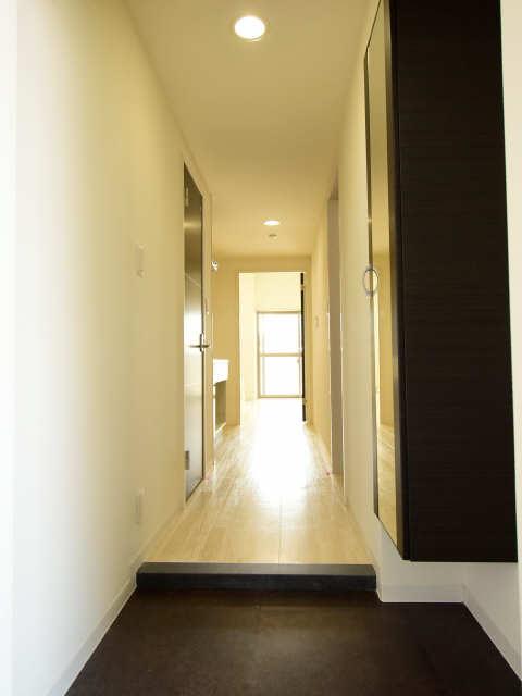 ブランボヌール浄心 2階 玄関