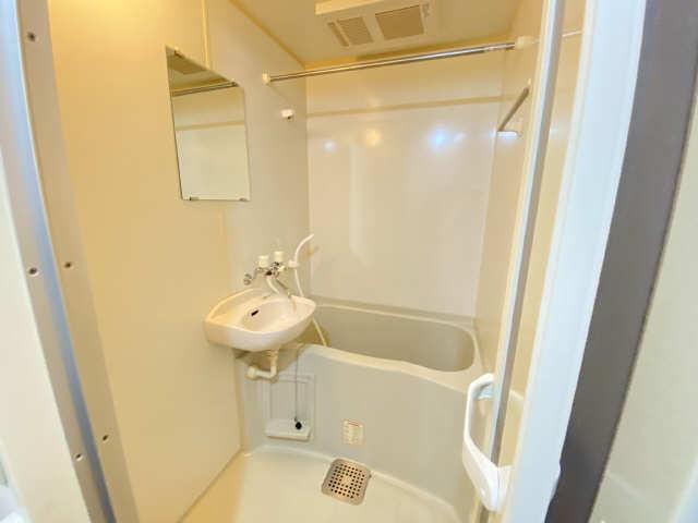 レオパレス西陵 1階 浴室