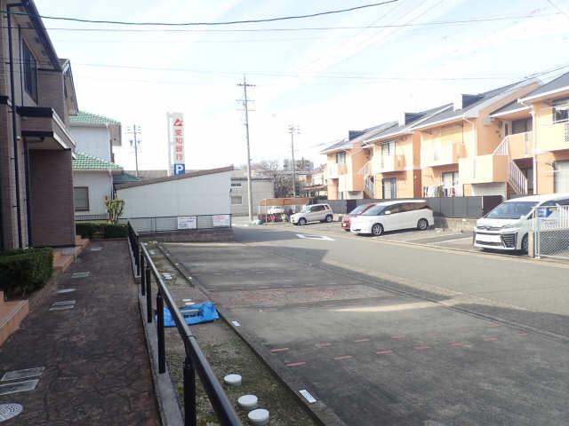 カフェオーレBAN Ⅰ 駐車場