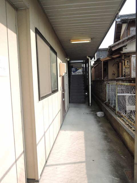 メゾンドM&R 1階 エントランス