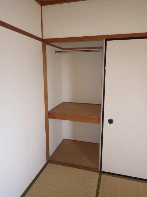 リアナ三塚一番館 4階 収納
