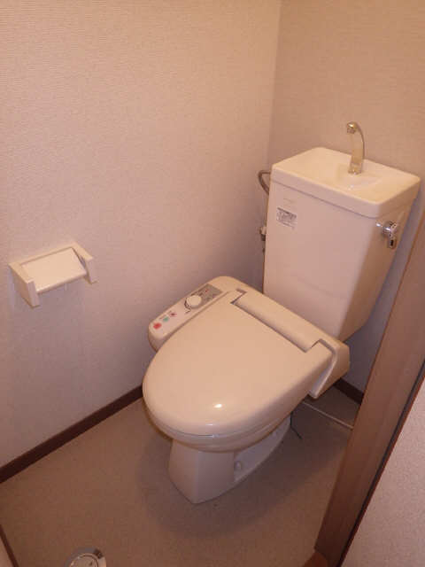リアナ三塚一番館 4階 WC