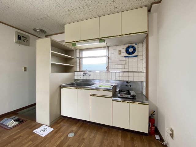 リアナ三塚一番館 4階 キッチン