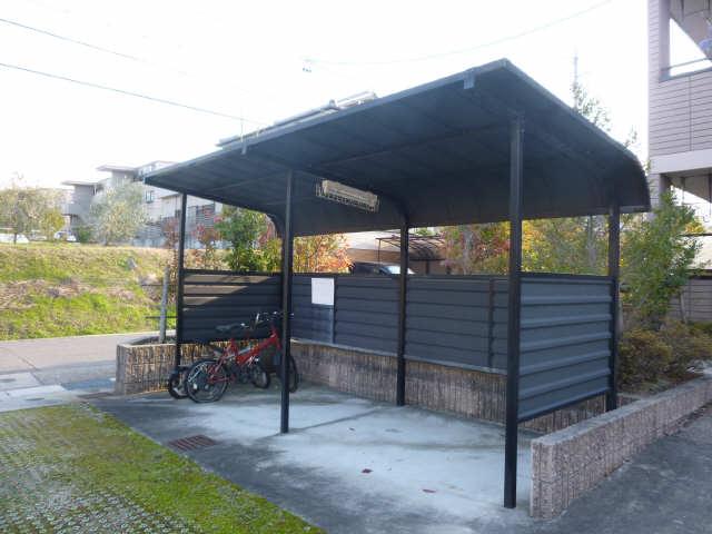 パークガーデン西神の倉 自転車置き場