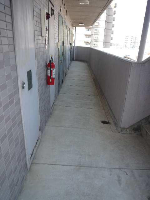 ドミシル野並 3階共用部