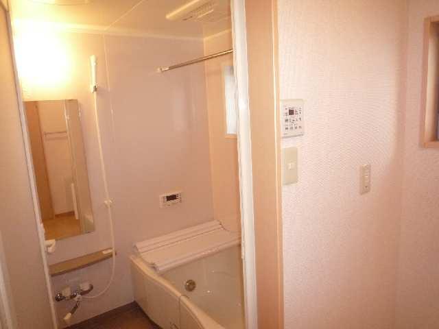 メゾンドラピュタⅢ 浴室