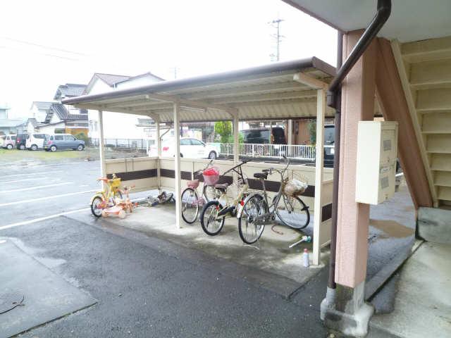 ヴィステリア 27 駐輪場