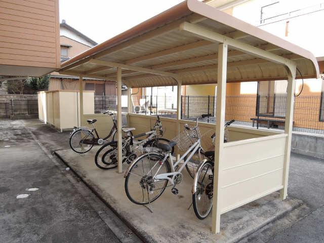 グレイス上野 A棟 駐輪場