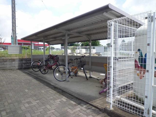 リバービレッジ椎木 駐輪場