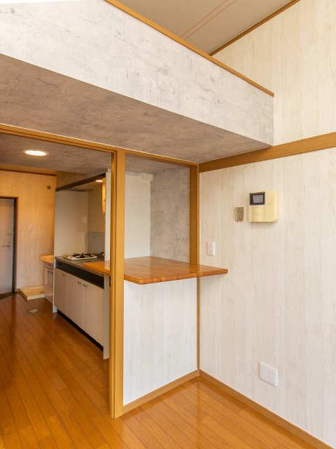 ロイヤルキャビン松久 3階 キッチン