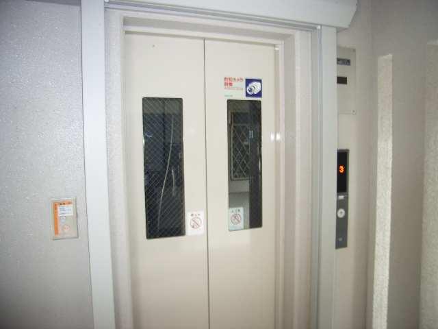 グランドゥール エレベーター