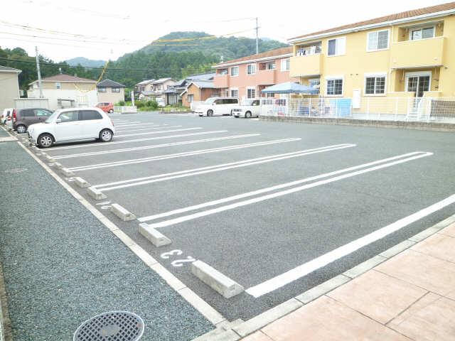ベルウッドK1 Ⅰ 駐車場