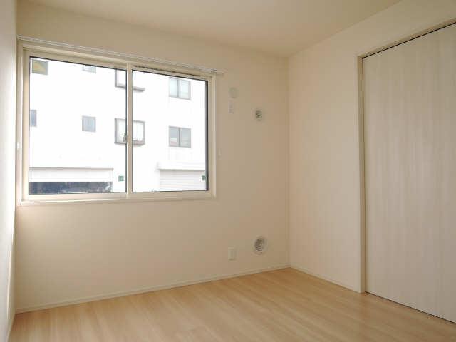 グランパルク東豊B 1階 洋室
