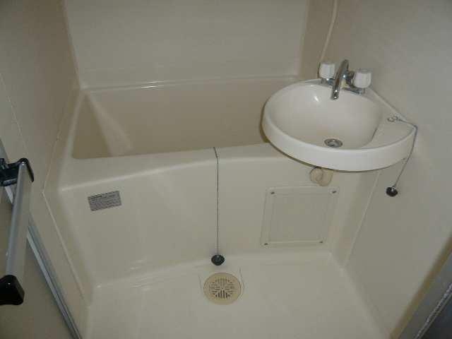 メゾンドマルキーズ 2階 浴室