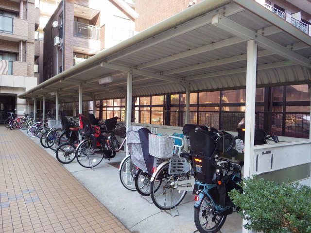 changuⅢ泉 駐輪場
