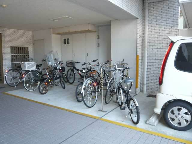 メイセイハイツⅡ 駐輪場
