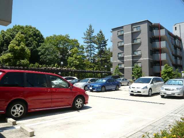ベルドミール葵21 駐車場